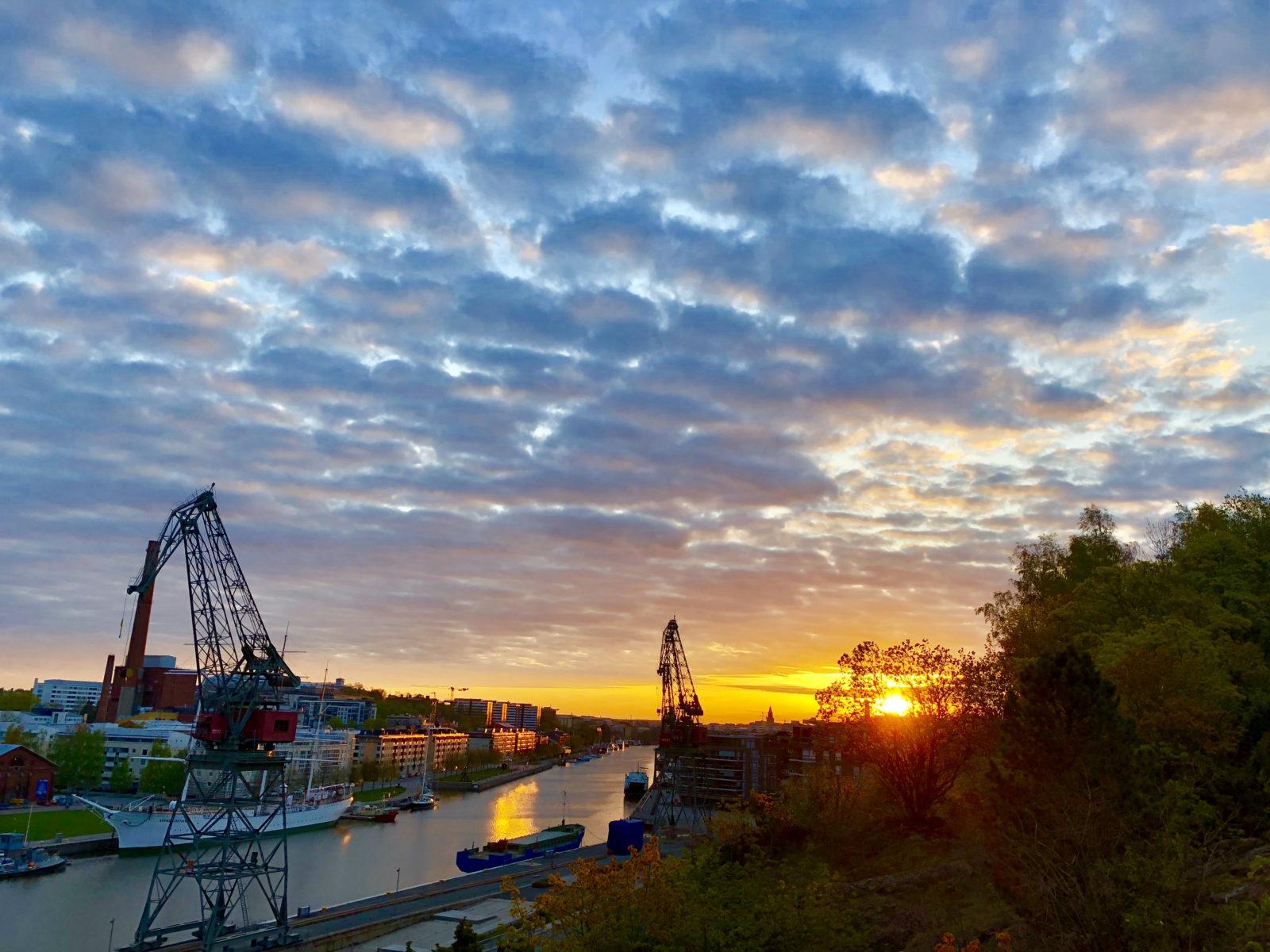 Aurinko Nousee Turku